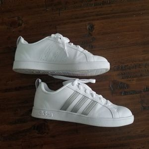 Womens adidas sneakers sz 6.5
